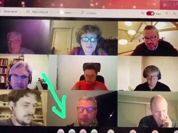 """El estruendoso pedo de un trabajador en plena reunión de empresa por videollamada: """"Es una jugada de profesional"""""""