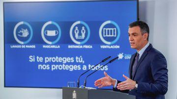 El presidente del Gobierno, Pedro Sánchez, en rueda de prensa tras la reunión del Consejo de Ministros, este martes en el Palacio de la Moncloa