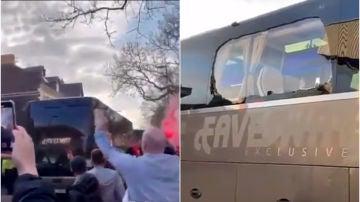 El autobús del Real Madrid, apedreado a su llegada a Anfield