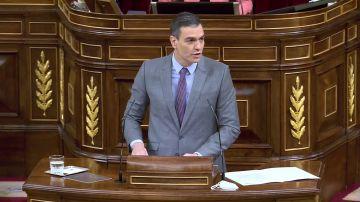 Sánchez elogia la II República