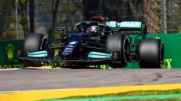 Primera pole de Lewis Hamilton