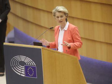 Ursula von der Leyen, presidenta de la Comisión Europea, durante un pleno en la Eurocámara