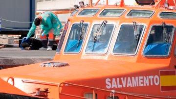 Una embarcación de Salvamento Marítimo en una operación de rescate