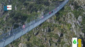 Un puente colgante de 500 metros o una pasarela flotante para coches: los puentes más impactantes del mundo