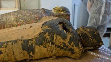Imagen de la momia embarazada encontrada en Polonia