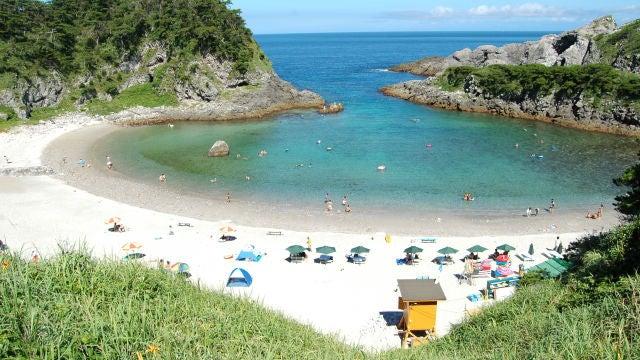 Tomari Beach