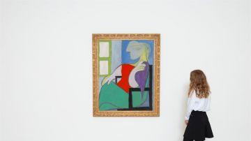 """'Femme assise près d""""une fenêtre (Marie-Thérèse)' de Pablo Picasso"""