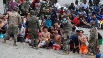 Múltiples menores en su llegada a Ceuta