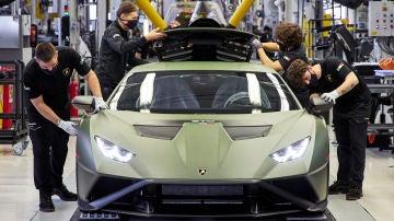 Lamborghini planea su primer coche eléctrico para 2025