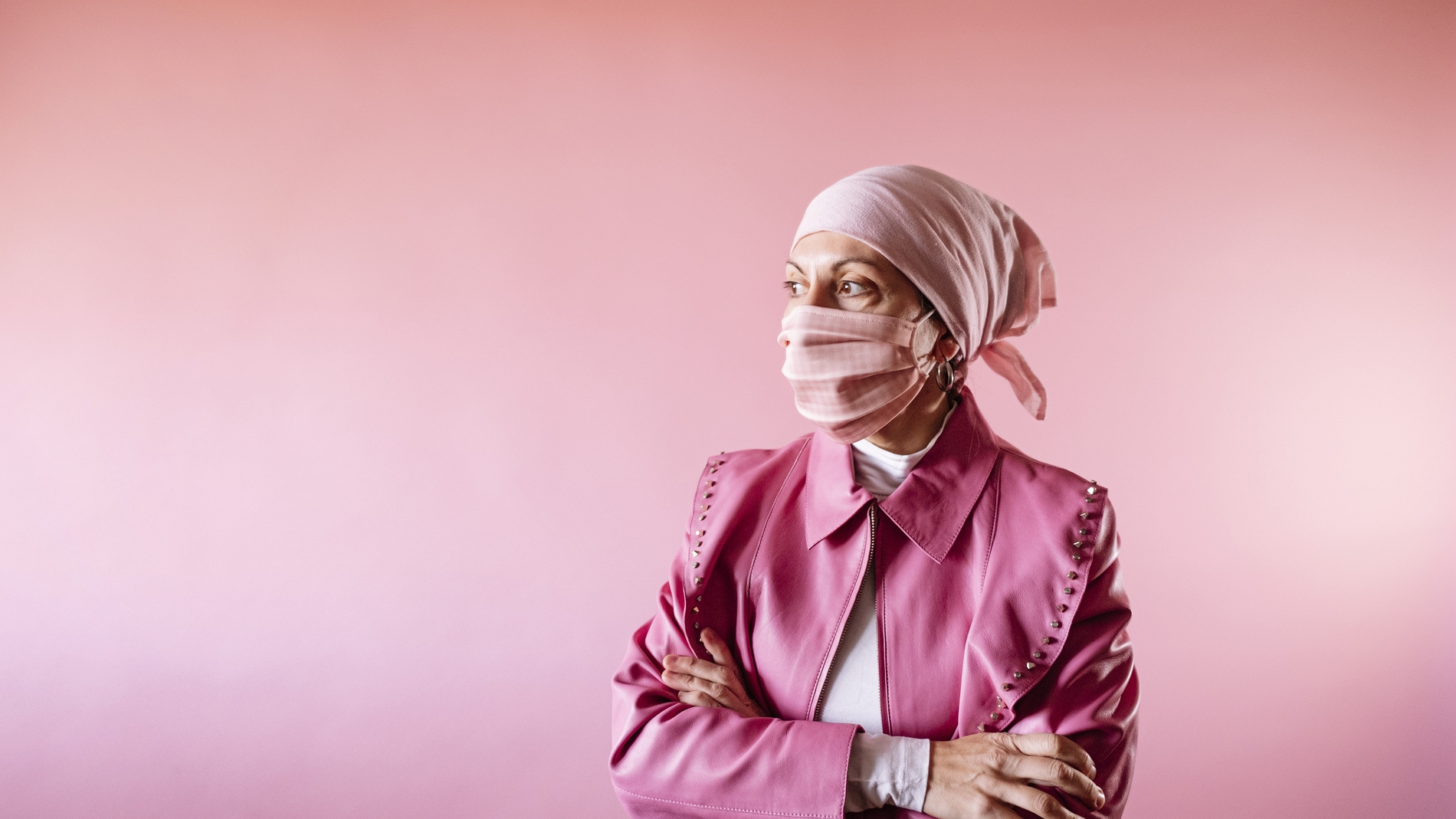 mujer paciente cancer