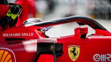 Carlos Sainz con su Ferrari