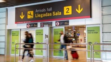 Turistas llegando a España