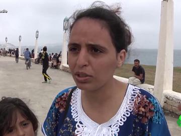 """El terrible testimonio de una madre que intentó cruzar la frontera con sus dos hijos: """"Los policías nos tiraban pelotas de tenis y espuma en los ojos"""""""