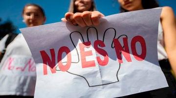 Fotografía de archivo de una manifestación en repulsa a la violencia sexual.