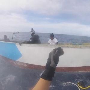 El aterrador viaje de Moussa: 22 días en un cayuco sin agua ni comida y apenas fuerzas para tirar los muertos por la borda