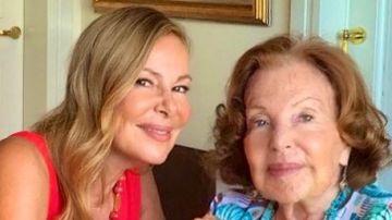 Ana García Obregón junto a su madre, Ana Obregón
