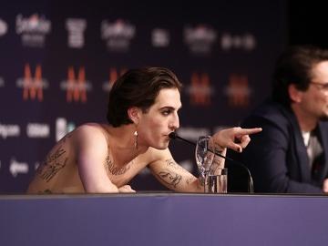 El controvertido gesto del cantante de Italia en Eurovisión que él mismo ha aclarado