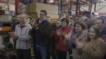 Los trabajadores de 'Sagar' dan una sorpresa a uno de sus compañeros en 'El Jefe Infiltrado'