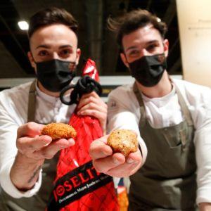 Los chefs de Cañitas Maite, Javier Sanz y Juan Sahuquillo