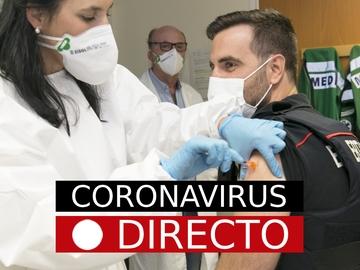 Última hora de la vacuna del coronavirus, hoy: AstraZeneca o Pfizer en segunda dosis en España