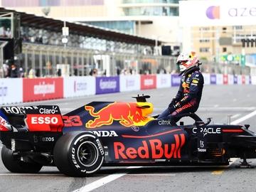 Max Verstappen, en su maltrecho Red Bull
