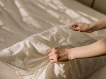 Cómo lavar las almohadas en casa para alargar su vida útil