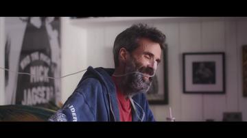 """Las bromas entre Pau Donés y Jordi Évole en 'Eso que tú me das': """"Qué cabrón, esa ha sido buena"""""""