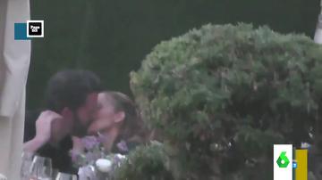 """El vídeo del apasionado beso de película entre Jennifer López y Ben Affleck: """"¡Qué maravilla, viva el amor!"""""""