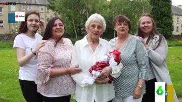 Una mujer se convierte en tatara-tatara-tataraabuela con tan solo 86 años