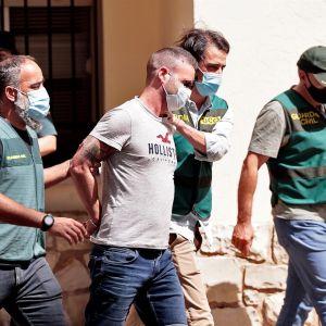 La Guardia Civil traslada al detenido por la desaparición de Wafaa Sebbah