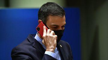 Pedro Sánchez, al teléfono (Archivo)