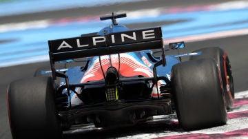 Alpine apunta alto en Francia