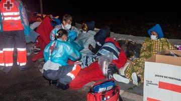 Tres muertos y al menos cuatro desaparecidos en el naufragio de una lancha en Lanzarote