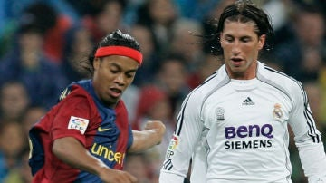 Ronaldinho, con Ramos
