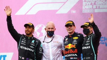 Hamilton, Marko, Verstappen y Bottas