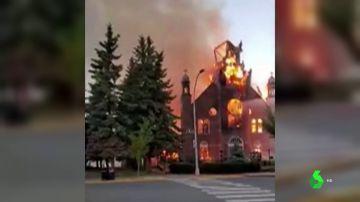 El hallazgo de miles de cadáveres de niños indígenas en internados católicos de Canadá desata una ola de incendios en iglesias
