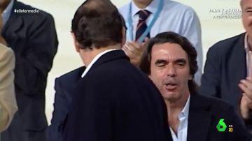 """El vídeo que demuestra la """"frialdad"""" con la que Aznar trataba a Rajoy"""
