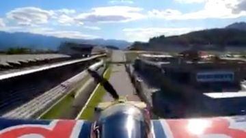 La avioneta de Red Bull recorriendo el Red Bull Ring