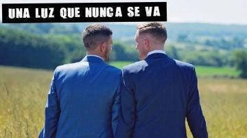 Los hombres heterosexuales no se tocan entre ellos por miedo a ser considerados maricones