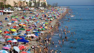 Imagen de la playa de Salobreña este verano