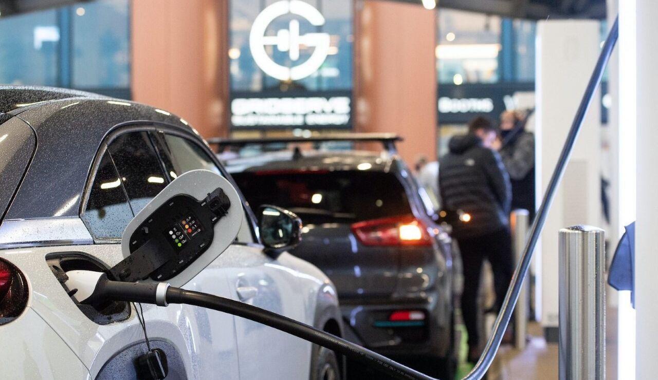 Crecimiento de venta de coches eléctricos