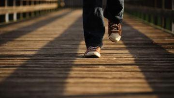 Ni 10.000 pasos ni 15.000: cómo y cuánto caminar para mejorar tu salud y fortalecer tu corazón
