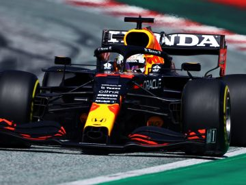 Tercera pole consecutiva de Verstappen