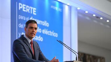 Pedro Sánchez presenta el PERTE del coche eléctrico en Moncloa