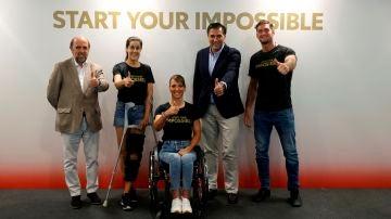 Algunos deportistas españoles junto al presidente del Comité Olímpico Español