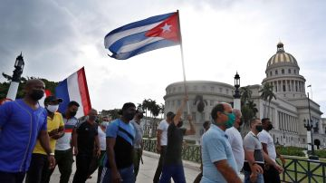 Continúan las manifestaciones en Cuba, aunque con menor afluencia.