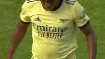 Máxima indignación en la afición del Arsenal por el físico de Willian
