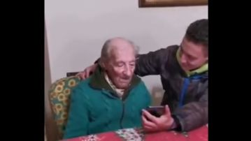 Hernán recibe un mensaje de Leo Messi