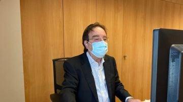 El presidente de la Asociación Española de Vacunología, Amós García Rojas.