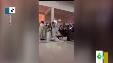 """""""Siempre te seré infiel"""": el surrealista lapsus de un novio ante el altar en plena boda"""